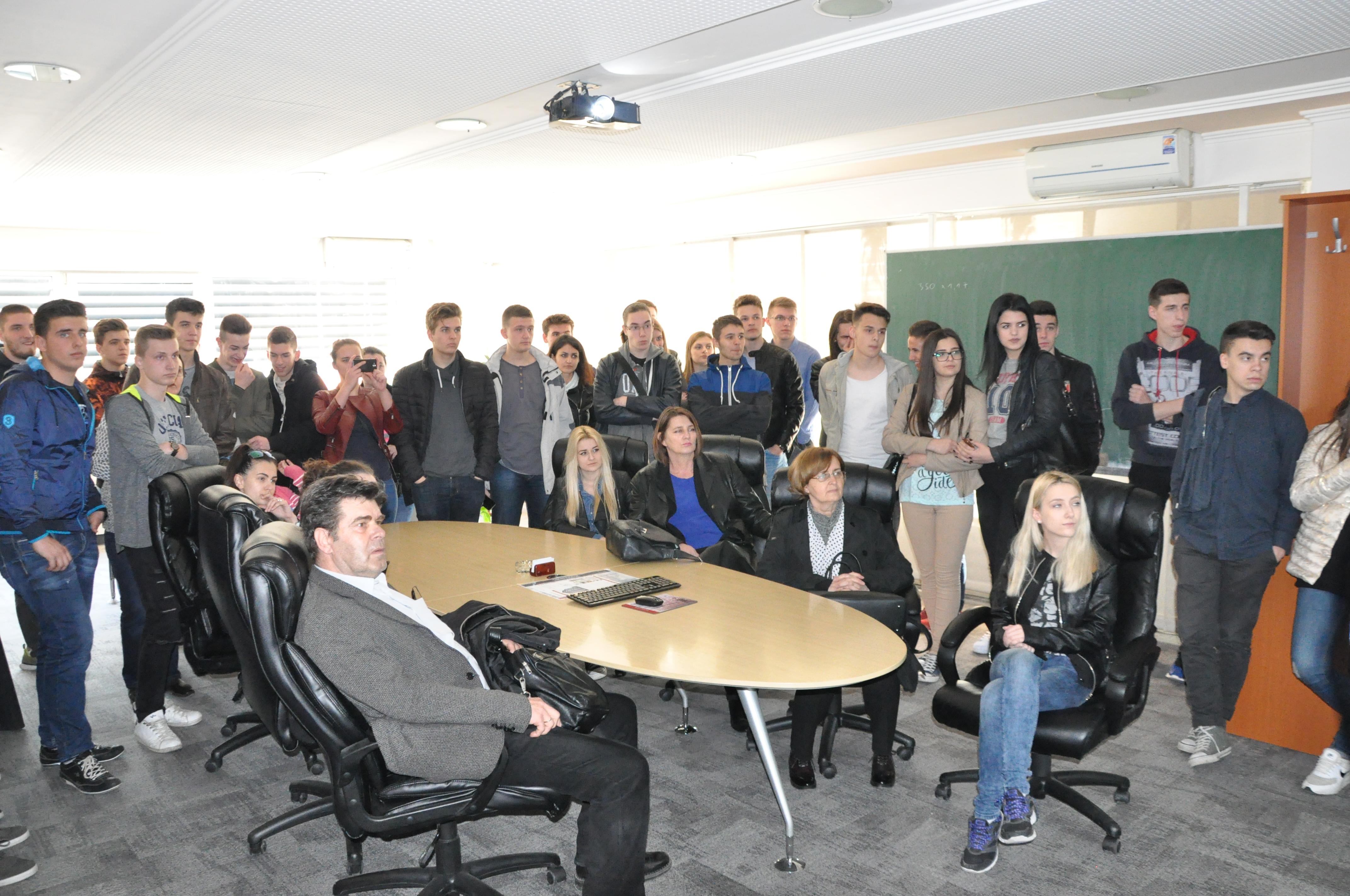 Srednjoškolci JU MS Građevinsko geodetske škole Tuzla posjetili našu kompaniju